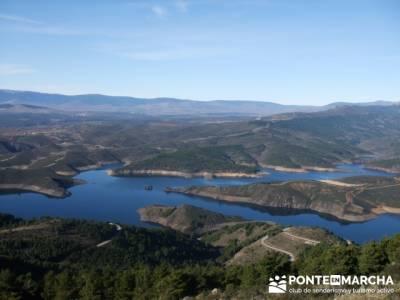 Embalse de el Atazar- Senda Genaro GR300 - senderismo el atazar; vacaciones senderismo; puente de ma